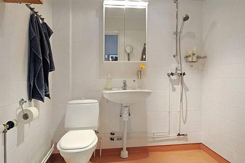 8. 洗手間在屋中心